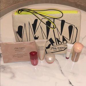 Shiseido 6 piece skincare travel size items